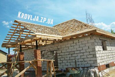 Строим крышу частного дома в Запорожье под ключ, фото
