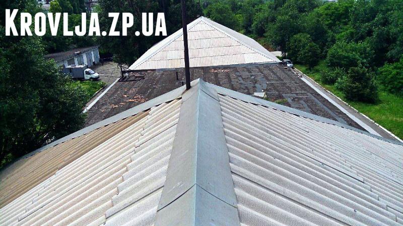 Реконструкция старой крыши на кровлю из профнастила